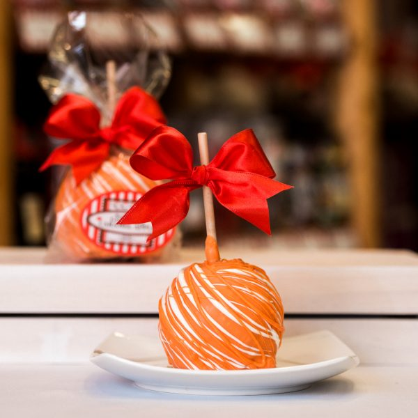 Orange Dream Caramel Apple Primary Image