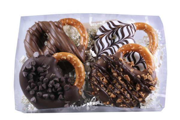 chocolate-caramel-pretzel-twist-main-photo